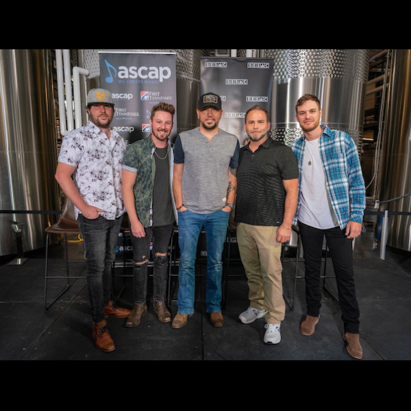 "JASON ALDEAN COMMEMORATES 22nd CAREER NO. ONE ""GIRL LIKE YOU"" WITH NASHVILLE CELEBRATION"