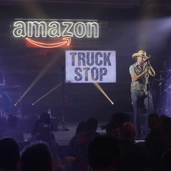 JASON ALDEAN CELEBRATES NATIONAL TRUCK DRIVER APPRECIATION WEEK 2019